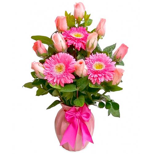 Delicadas Rosas En Florero